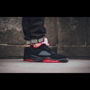 aef888c15c5315 Air Jordan Shoes - Nike Air Jordan retro 5 low